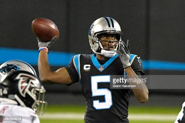 Teddy Bridgewater of the Carolina Panthers passes against the Atlanta Falcons during the fourth quarter at Bank of America Stadium on October 29,...