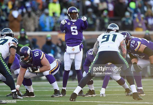 Teddy Bridgewater of the Minnesota Vikings communicates at the line of scrimmage in the second half against the Seattle Seahawks during the NFC Wild...