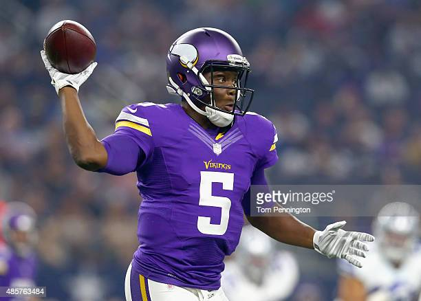 Teddy Bridgewater of the Minnesota Vikings looks for an open receiver in the first quarter of a preseason game against the Dallas Cowboys on August...