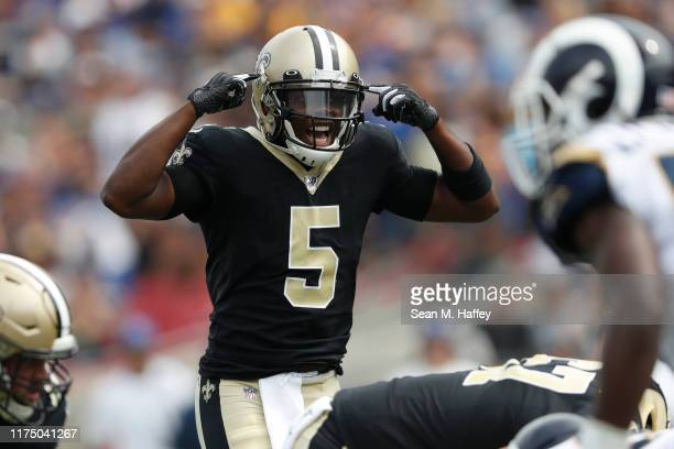 Teddy Bridgewater of the New Orleans Saints calls a play during the first half against the Los Angeles Rams in the game at Los Angeles Memorial...