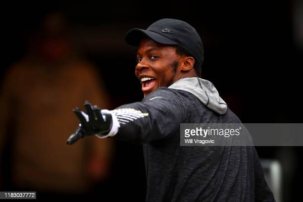 Teddy Bridgewater of the New Orleans Saints waves to fans before the game against the Tampa Bay Buccaneers on November 17, 2019 at Raymond James...