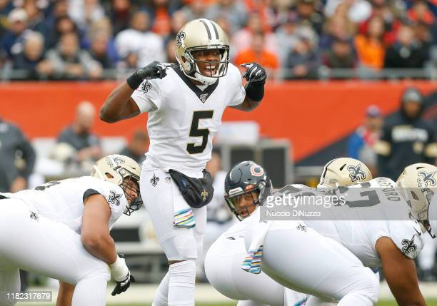 Teddy Bridgewater of the New Orleans Saints yells out to his teammates before a snap during the first quarter against e Chicago Bears at Soldier...