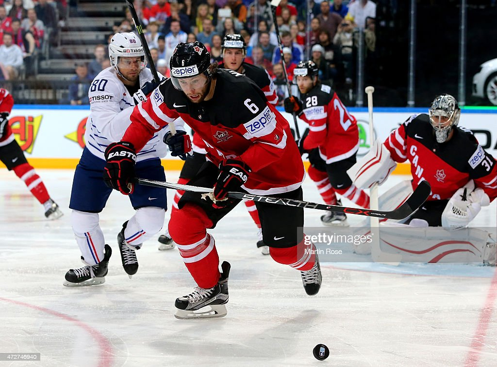 France v Canada - 2015 IIHF Ice Hockey World Championship : News Photo