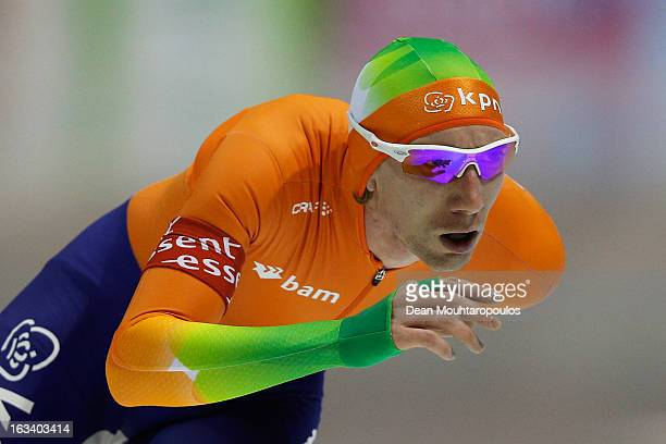 TedJan Bloemen of Netherlands competes in the 5000m Mens race on Day 2 of the Essent ISU World Cup Speed Skating Championships 2013 at Thialf Stadium...