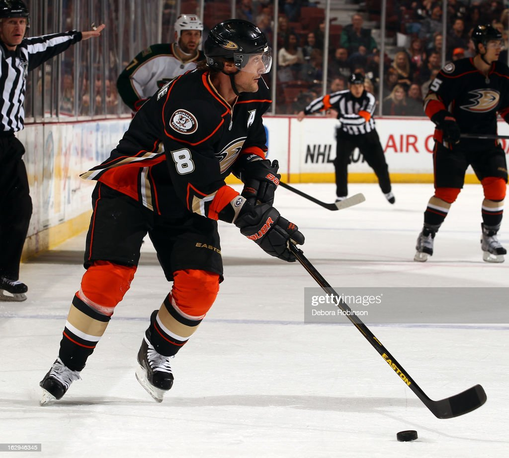 Teemu Selanne #8 of the Anaheim Ducks handles the puck during the game against the Minnesota Wild on March 1, 2013 at Honda Center in Anaheim, California.