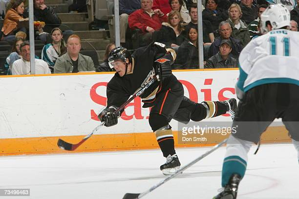 Teemu Selanne of the Anaheim Ducks shoots during a game against the San Jose Sharks on February 6, 2007 at the HP Pavilion in San Jose, California....