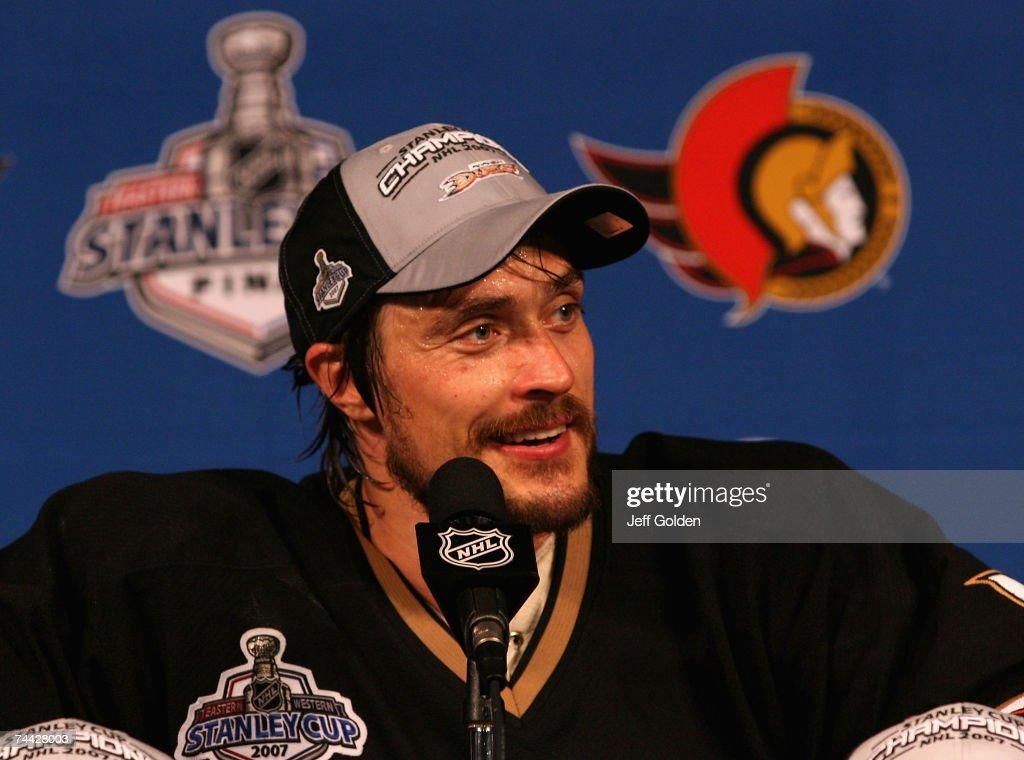 Game 5 - Ottawa Senators v Anaheim Ducks : News Photo
