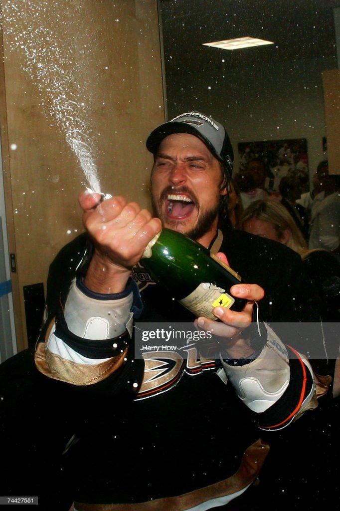 Game 5 - Ottawa Senators v Anaheim Ducks : Foto di attualità