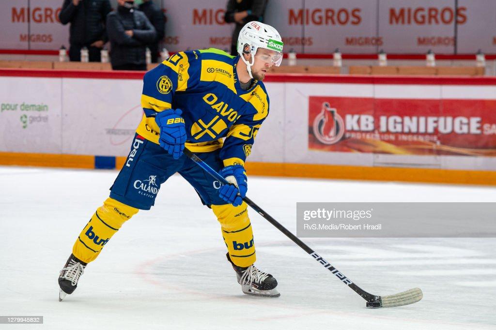 Lausanne HC v HC Davos - Ice Hockey National League : News Photo