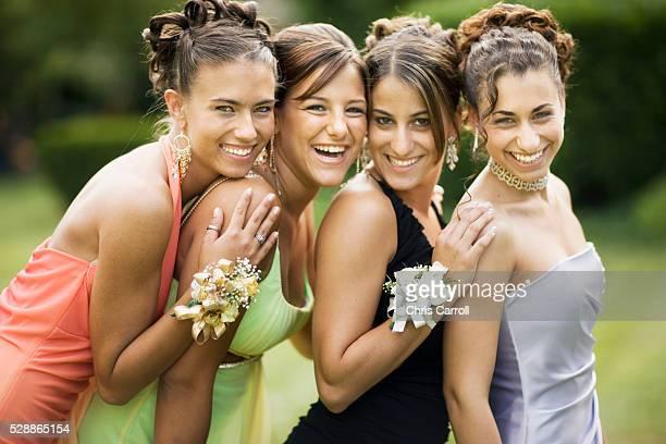 teen girls ready for formal dance - デビュタント ストックフォトと画像