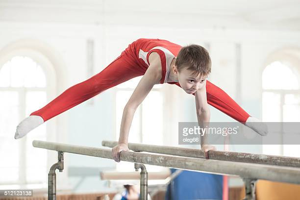 teen in a sports hall - gymnastics stock pictures, royalty-free photos & images