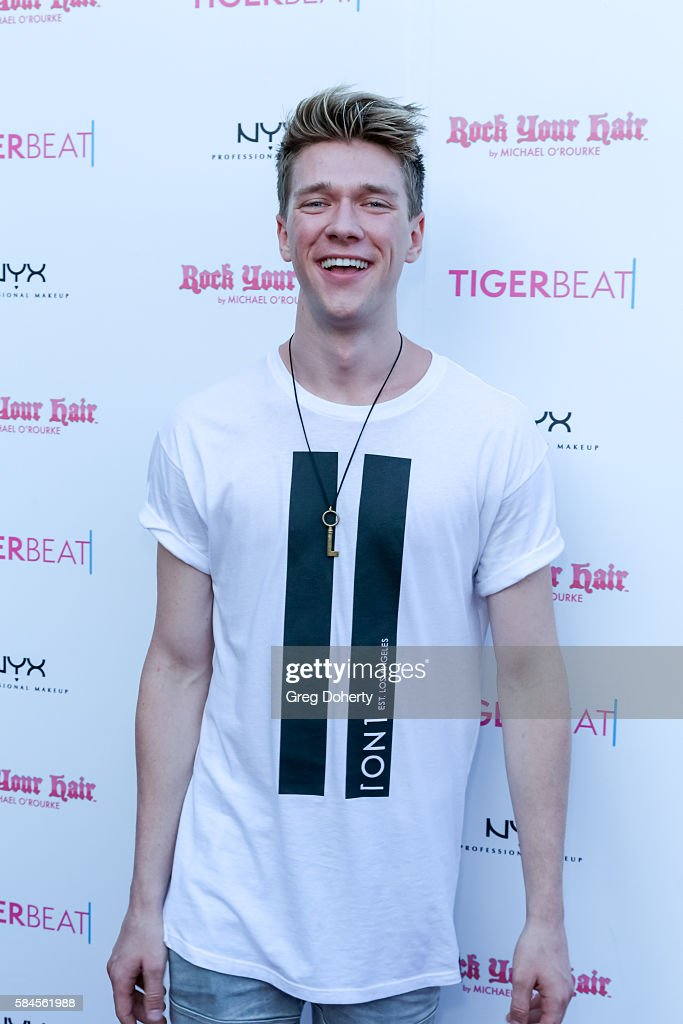 Teen Magician Collins Key arrive at the Tiger Beat's Pre-Party Around FOX's Teen Choice Awards at HYDE Sunset: Kitchen + Cocktails on July 28, 2016 in West Hollywood, California.