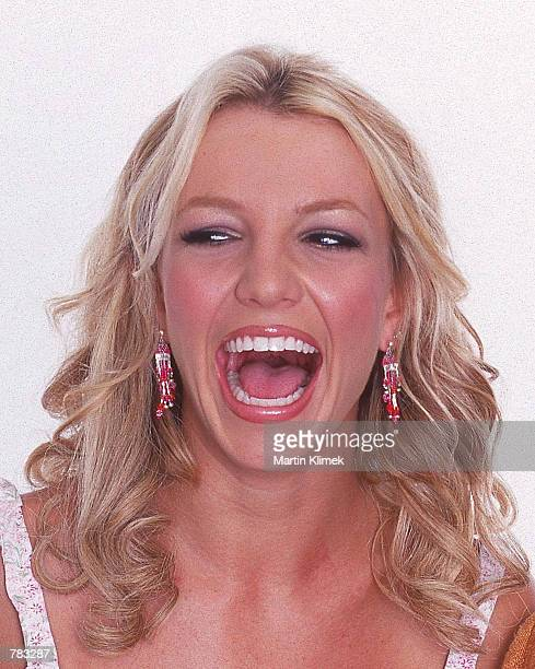 Teen pop singer Britney Spears poses for a portrait August 2000 in San Francisco, CA.