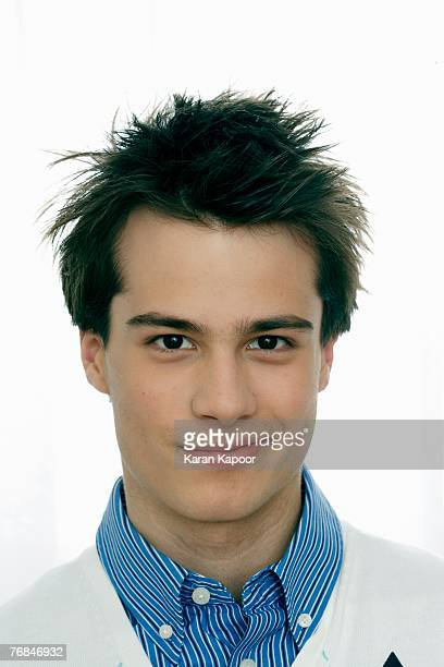 Teenage boy (15-17) smiling, portrait