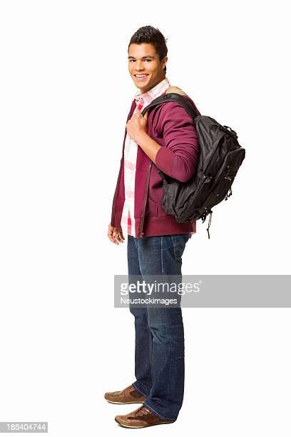 Teenager junge stehend mit einem Rucksack