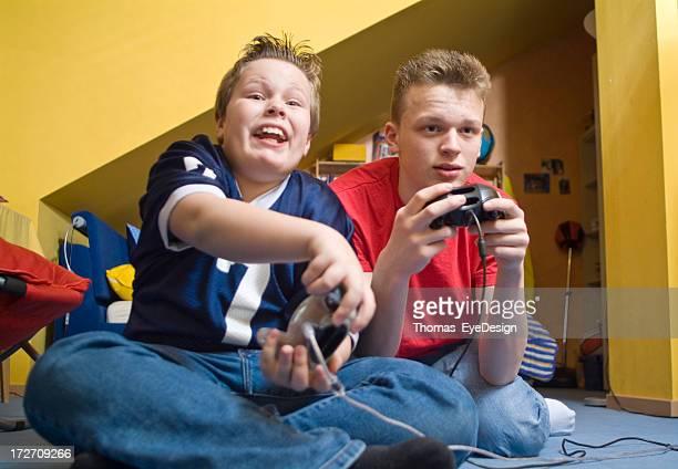 Meninos Adolescentes série