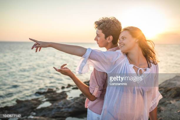 cutest-teen-couples-on-the-beach-karshma-kapoor-sex-movi