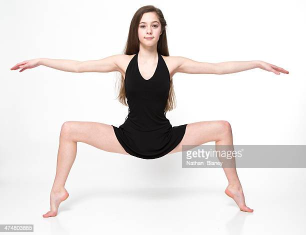 teenage dancer - only girls stock pictures, royalty-free photos & images