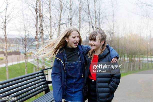 teenage friends - girls stock pictures, royalty-free photos & images
