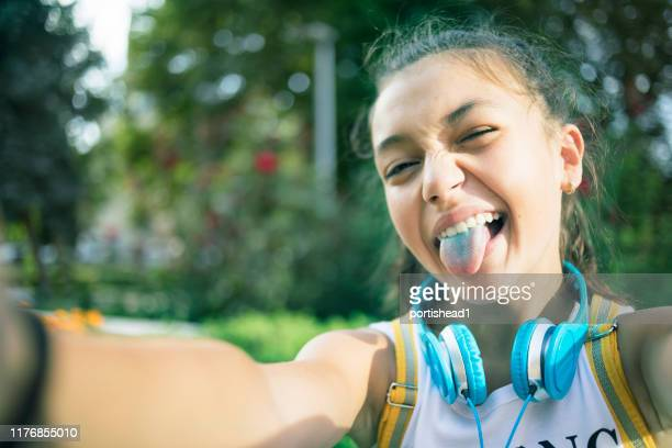 teenage girl making selfie - new generation stock pictures, royalty-free photos & images