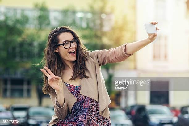 Teenager-Mädchen, die selfie