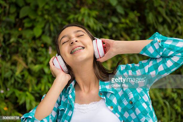 teenage girl - brace stock pictures, royalty-free photos & images