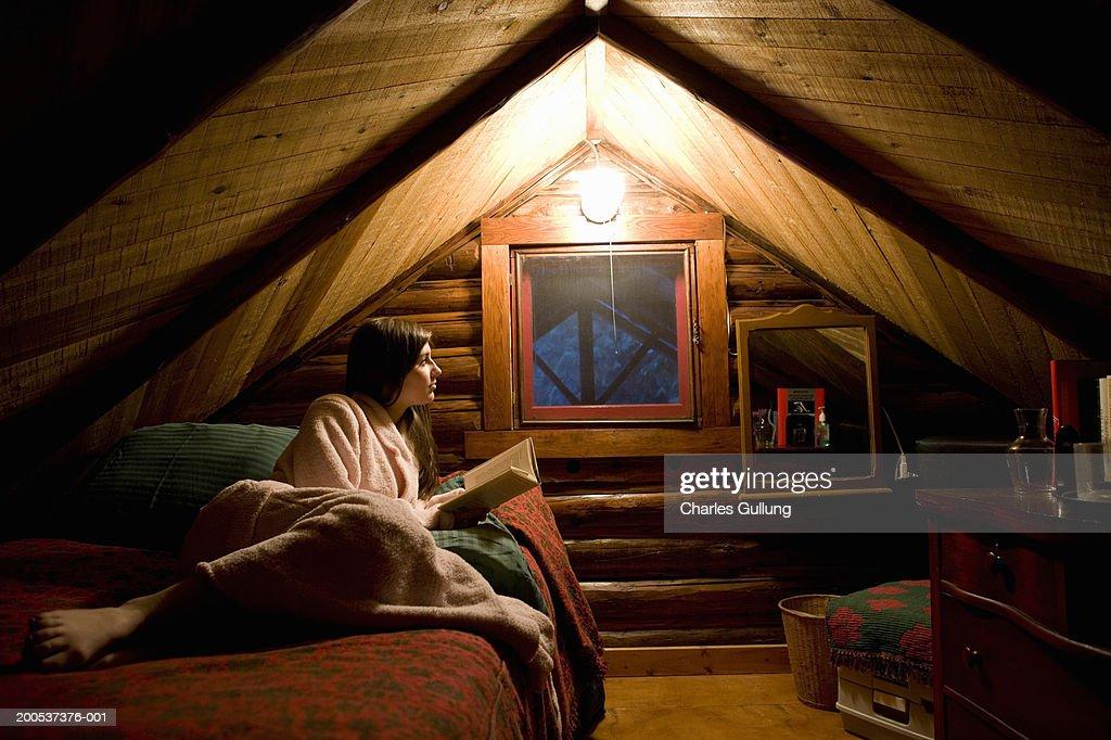 Custom Log Cabin w/ Deck & 45 Acres by Pine River!