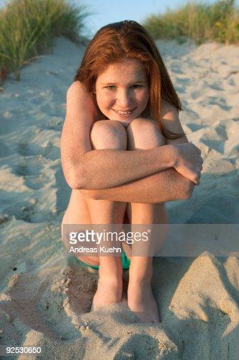 Mor Og Rødhårete Datter Hugging