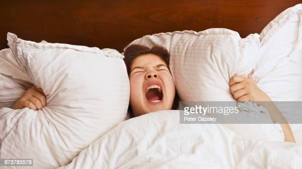 teenage panic attack night terrors - terrified stock pictures, royalty-free photos & images