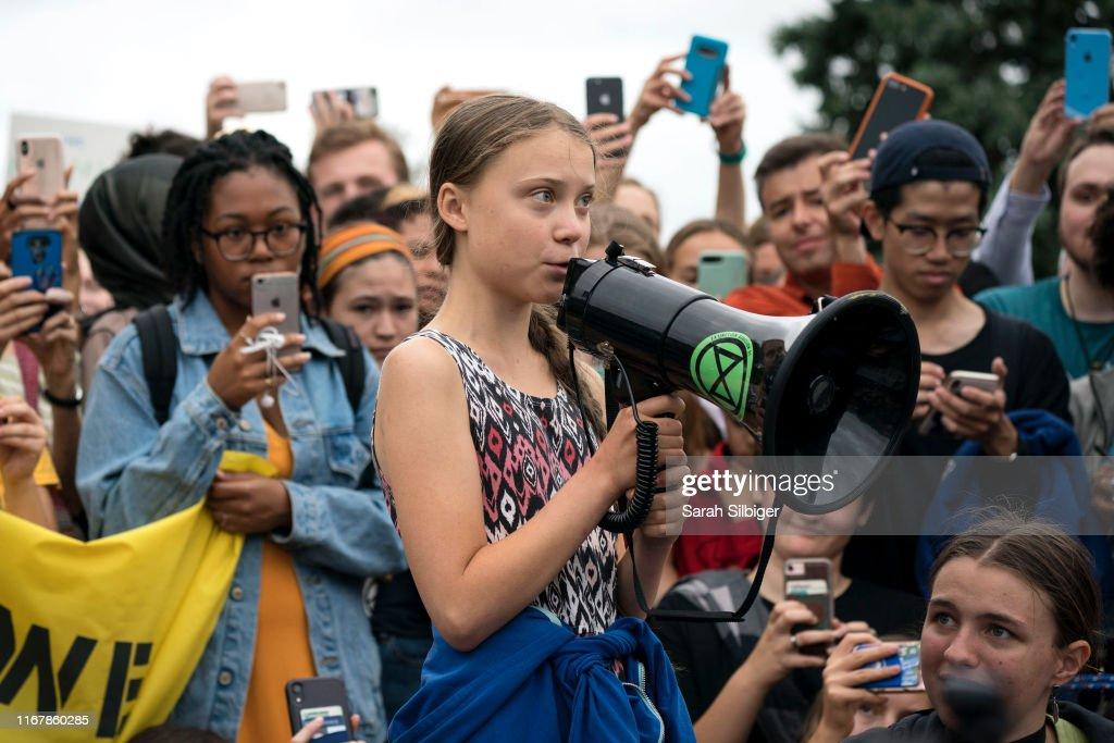 Teen Activist Greta Thunberg Joins Climate Strike Outside The White House : News Photo