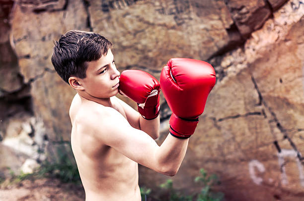 teen-guy-in-boxing-ring-thai-teen-titless