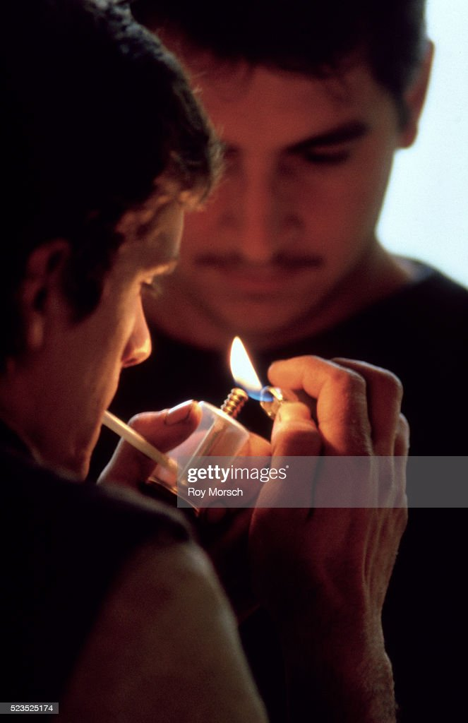 an argument against teenage smoking in the united states A free collection of articles about teenage pregnancy published in the new york times  nearly half of teens have had sex by age 19, survey finds  still, teenagers in the united states are.