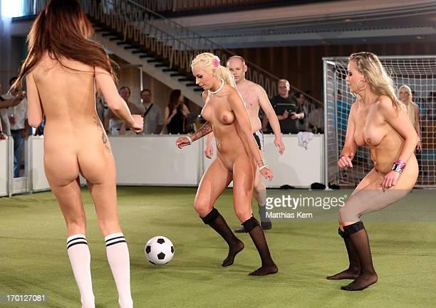Women Soccer Nude Photo 54