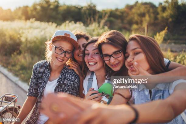 teens viewpoint on the world - only teenage girls stock pictures, royalty-free photos & images
