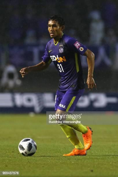 Teerasil Dangda of Sanfrecce Hiroshima in action during the J.League J1 match between Sanfrecce Hiroshima and Vissel Kobe at Edion Stadium Hiroshima...
