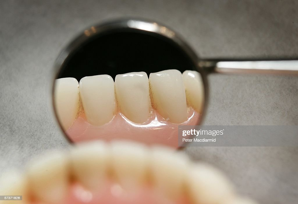 Dentists Offering NHS Treatment Continue To Dwindle : News Photo