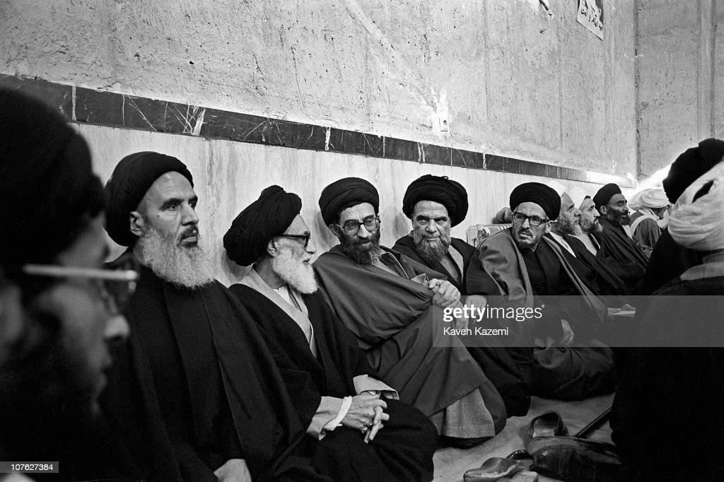 Khamenei in Jamaran : News Photo