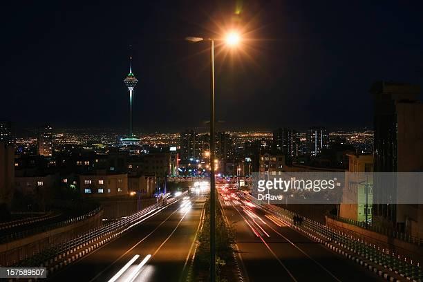 Teheran street und Milad tower