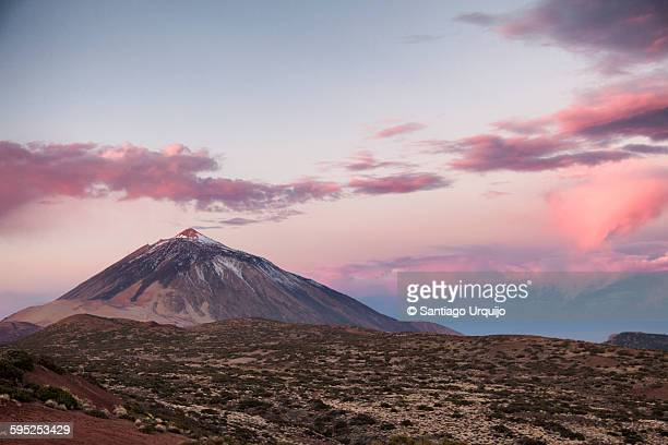 teide volcano at sunrise - pico de teide stock pictures, royalty-free photos & images