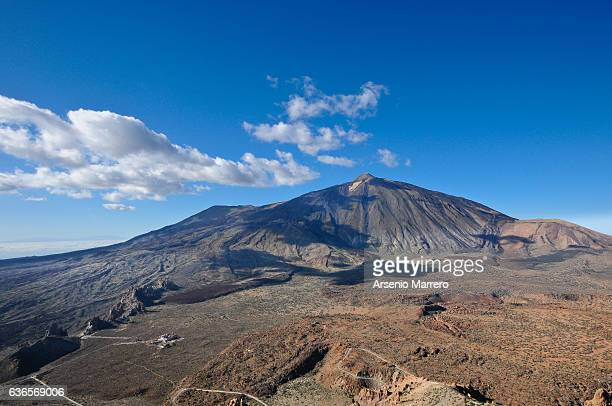 teide volcano in tenerife island - pico de teide stock pictures, royalty-free photos & images