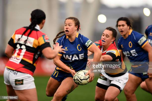Teilah Ferguson of the Otago Spirit looks to pass the ball during the round four Farah Palmer Cup match between Otago and Waikato at Forsyth Barr...