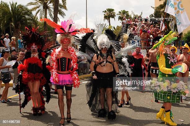 Teilnehmer der Homosexuellen und LesbenParade Maspalomas Insel Gran Canaria Kanaren Spanien Europa Kanarische Inseln homosexuell lesbisch Kostüm...
