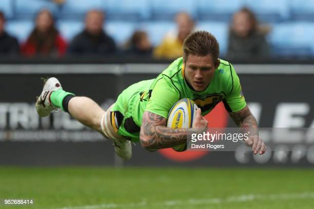 Teimana Harrison of Northampton Saints touches down for the first try during the Aviva Premiership match between Wasps and Northampton Saints at The...