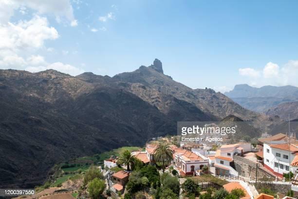tejeda and roque bentayga, gran canaria - tejeda stock pictures, royalty-free photos & images