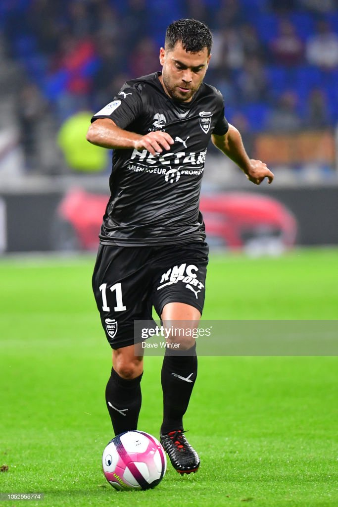 Buteurs / passeurs et Statistiques des  crocos : Saison 2018-2019 du NO  - Page 2 Teji-savanier-of-nimes-during-the-ligue-1-match-between-lyon-and-at-picture-id1052555774