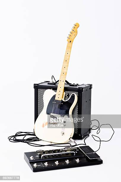 Telecaster Thinline electric guitar from Squier with Amplifier, multi-effects unit
