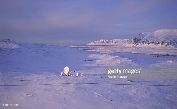 Telecommunications in frozen area