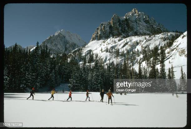 Telemark Skiing in White Cloud Mountains