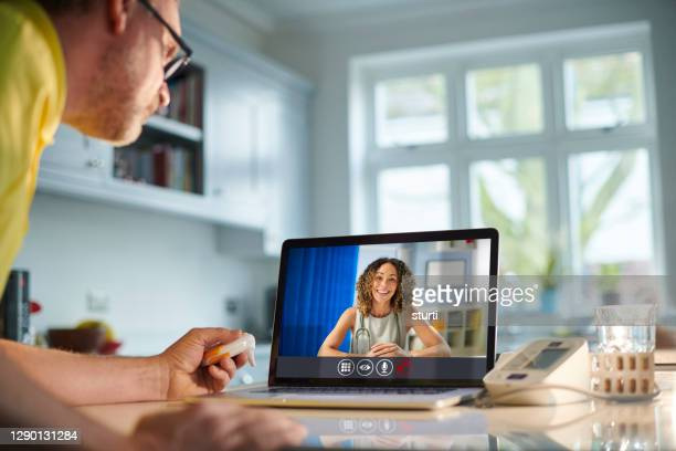 telemedicine triage - sturti stock pictures, royalty-free photos & images