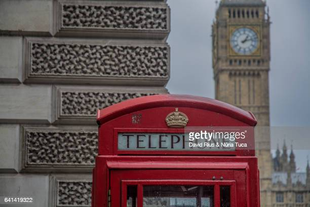telephone booth in london - underground sign stock pictures, royalty-free photos & images
